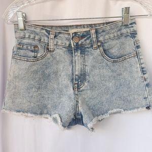 CALI Jean Shorts size 5